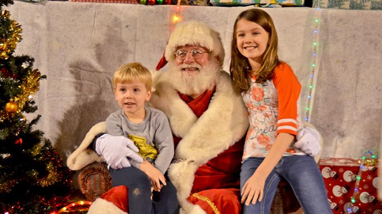 ACS Photos With Santa