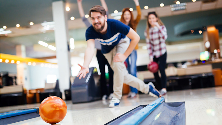 Super Short League Bowling